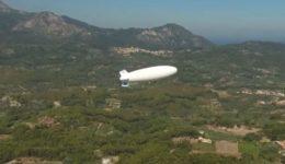 Επίδειξη-των-δυνατοτήτων-του-δέσμιου-αερόστατου-θαλάσσιας-επιτήρησης-στη-Σάμο-696x355