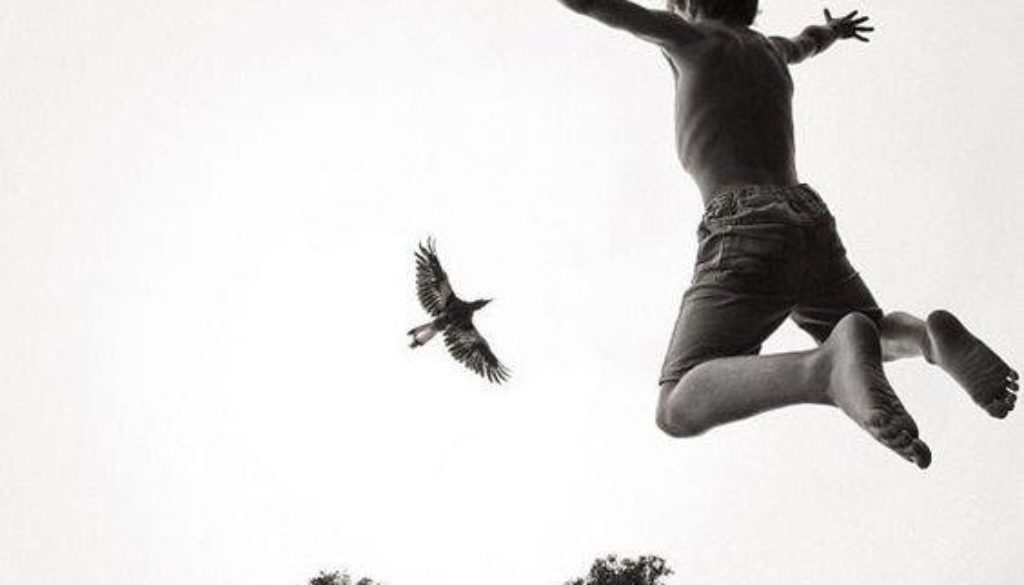 πετάω