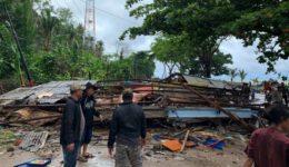 Ινδονησία τσουνάμι- INDONESIATSUNAMI