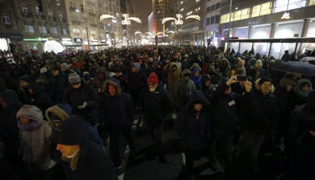 Σερβία διαδήλωση