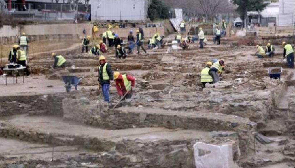 αρχαιολόγοι μετρό-metro-thessaloniki-apolyseis