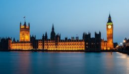 βρετανική βουλή 2