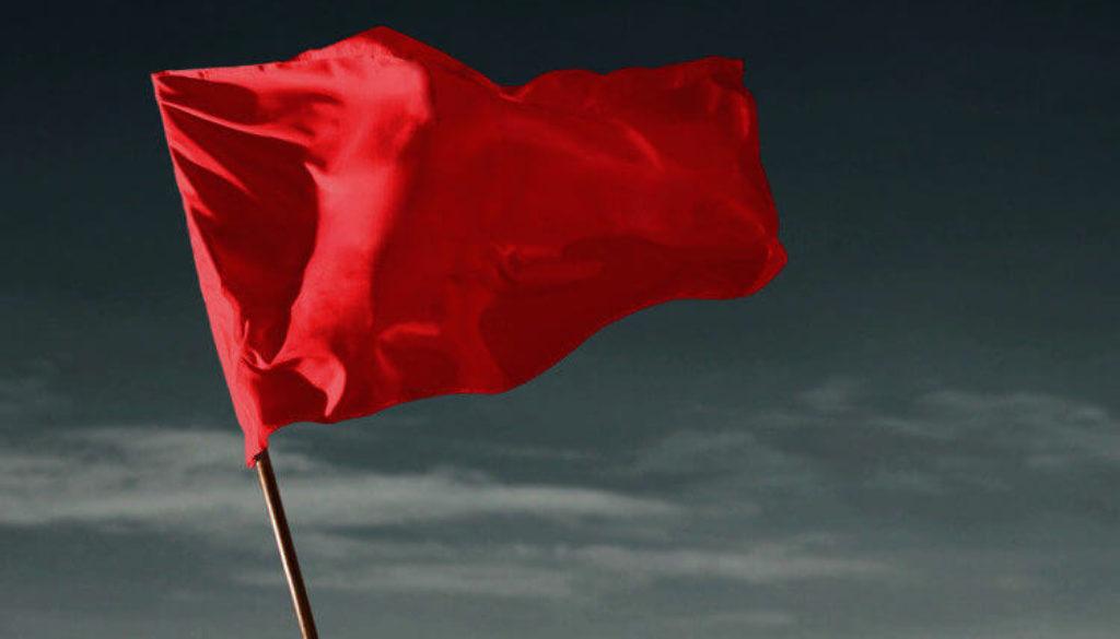 κόκκινη σημαία-redflag (1)