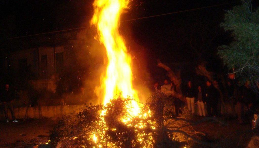 φωτιά ιούδα-orfanos-spili4
