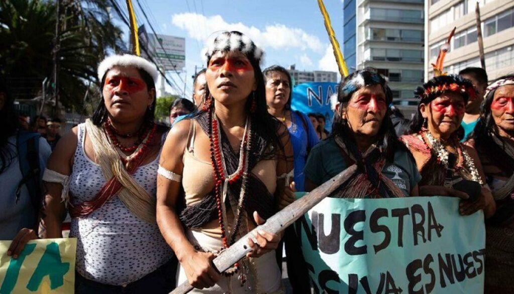 16-amazonios-aytoxthones