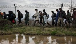 2813835 Έβρος-πρόσφυγες