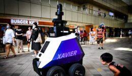 349847-singapore_robot
