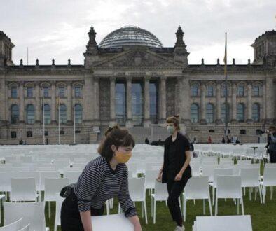 chairs-berlin2