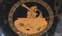 hercules-mesa-se-xryso-kypello-min